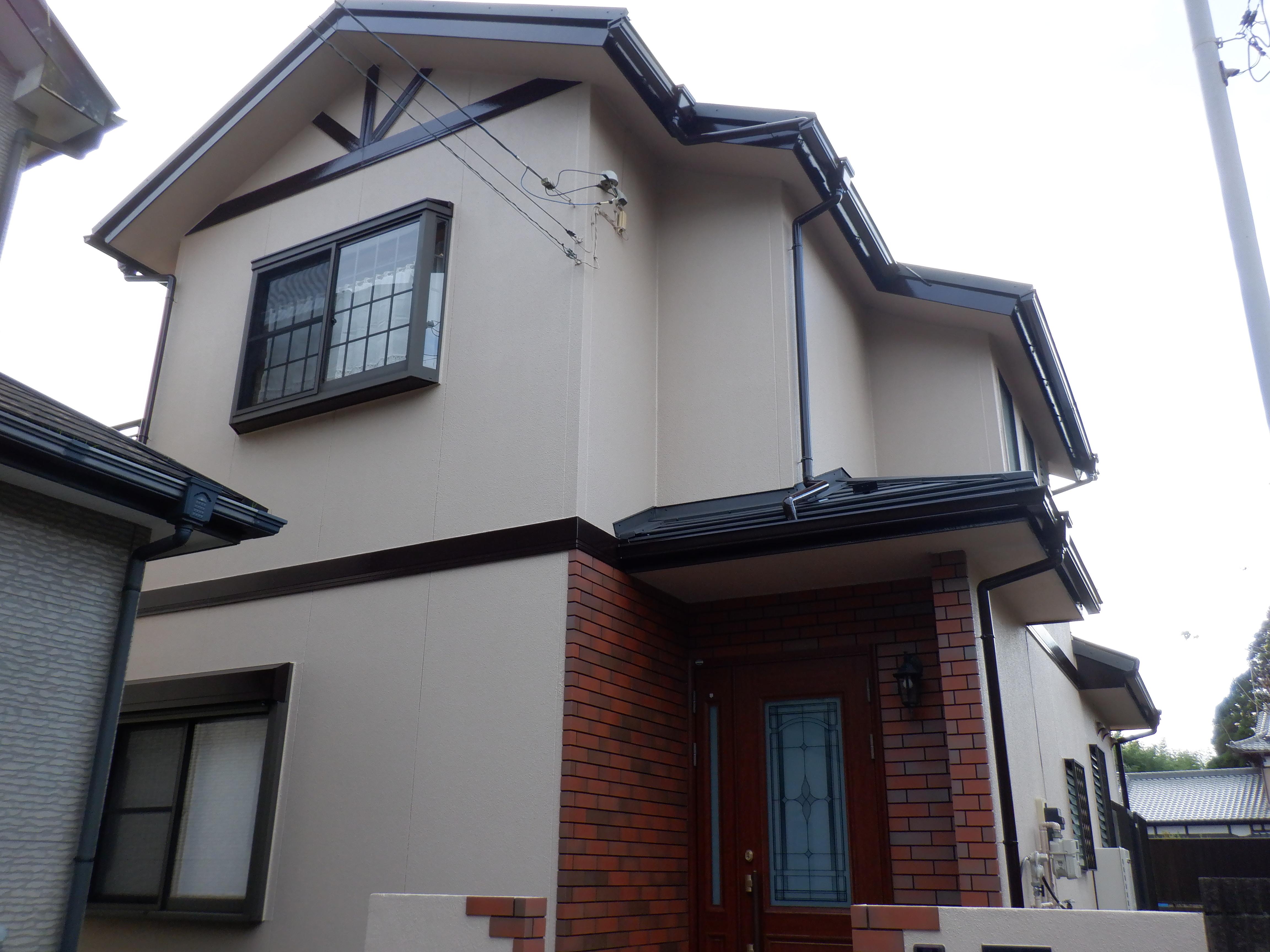 千葉市I様邸 外壁塗装・屋根カバー工事